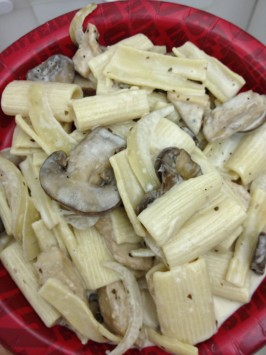Carmela's Chicken Rigatoni (Copycat Romano's Macaroni Grill). Photo by JenDan72