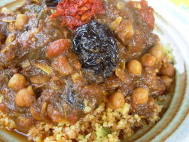 L'ham Lahlou - Algerian / North African Sweet Lamb Dish.. Photo by French Tart