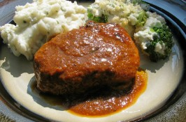 Pork Chops in  Orange Chile Sauce. Photo by lazyme