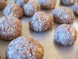 Walnut Meatballs (Vegan). Photo by magpie diner