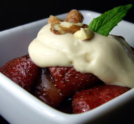 Strawberries With Kahlua Cream. Photo by AmandaInOz