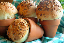 Rustic Flower Pot Bread Loaves or Bread  Rolls. Photo by French Tart