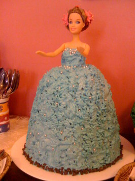 Barbie Doll Birthday Cake. Photo by queen qwali