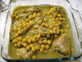 Ginger Chicken With Chickpeas (Moroccan Tagine). Photo by Nasseh