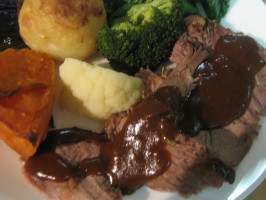 Traditional Gravy for Roast Beef, Lamb, Pork or Duck. Photo by I'mPat