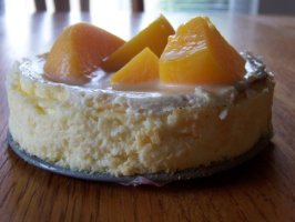 Carameled Peach Cheesecake. Photo by SweetsLady