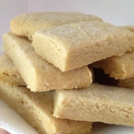 Traditional Rich Scottish Shortbread Biscuits - Cookies. Photo by Charmerro
