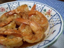 Yes, You Can.......microwave and Steam Shrimp - Longmeadow Farm. Photo by 2Bleu