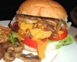 You Can Bet the Farm ... Hamburgers from Longmeadow Farm. Photo by Bergy