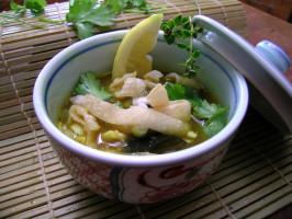 Chiang Mai Curried Noodle and Chicken Soup (Kao Soi Gai). Photo by Rinshinomori