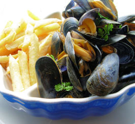 Moules Frites - French/Belgian Bistro Style Mussels and Chips. Photo by French Tart