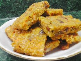 Oat Cuisine! Savoury Cheese, Nut and Oat Flapjacks. Photo by 2Bleu