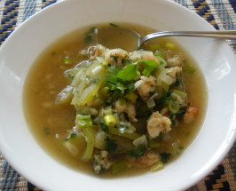 Canh Bau Tom - Vietnamese Opo Squash Soup. Photo by PanNan