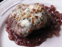 Blue Cheese Crusted Filet Mignon With Port Wine Sauce. Photo by JanuaryBride