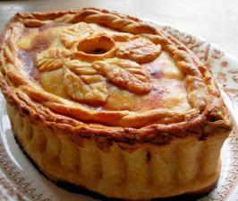 Old English Posh Picnic Raised Chicken and Ham Pie. Photo by French Tart
