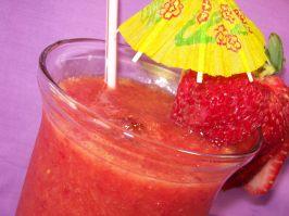 Sommer's Slushy Strawberry Mandarin Brain Freeze. Photo by Chef shapeweaver �