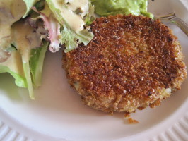 Veggie Oat Burger. Photo by magpie diner