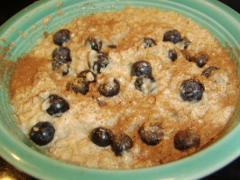Power Oatmeal With Blueberries and Flax. Photo by LifeIsGood