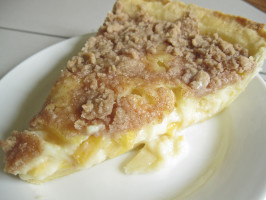 Peach Custard Pie With Streusel Topping. Photo by WiGal