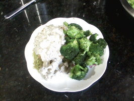 Chicken Parmesan with Mushroom Rosemary Sauce and Steamed Broccoli. Photo by Wing-Man