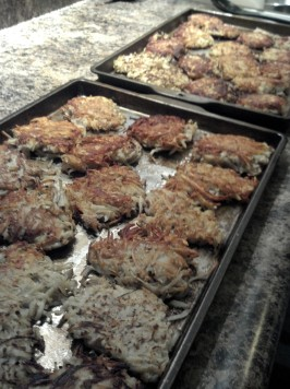 Potato Latkes (Potato Pancakes). Photo by Karen67