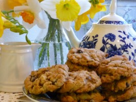 Irish Oatmeal Cookies With Raisins and Walnuts. Photo by BecR
