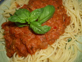 Pasta Al Pomodoro (Tia's Take on Basta Pasta's Recipe). Photo by Karen Elizabeth