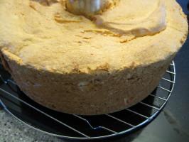 Angel Food Cake (Gluten-Free). Photo by Andrew Mollmann
