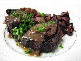 Zinfandel-Braised Beef Short Ribs. Photo by loof