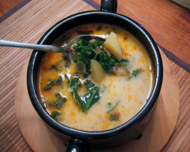 Olive Garden Copycat Zuppa Toscana. Photo by yogiclarebear