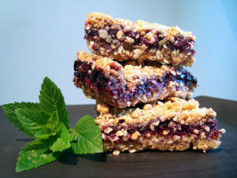 Blueberry Oat Squares - Starbucks Copycat. Photo by lilsweetie