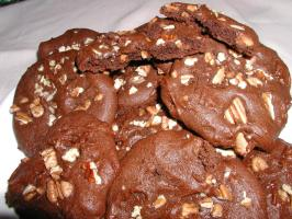 Chocolate Pecan Cookies (Better Than Publix Bakery). Photo by TyroCook