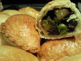 Oven Baked  Vegetarian Samosas. Photo by Coasty