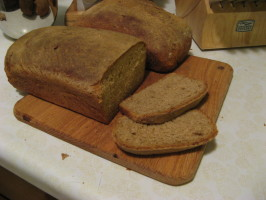 Blue Ribbon Winning Whole Barley Sandwich Bread (With Video!). Photo by melinderella
