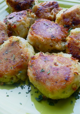 Potato Cakes With Tuna Filling (Batata Charp). Photo by Cookgirl