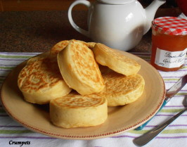 Old Fashioned Home-Made English Crumpets for Tea-Time. Photo by Hanka