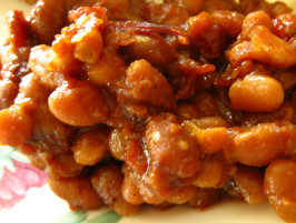 Choosy Beggars Smoky BBQ Baked Beans. Photo by WiGal