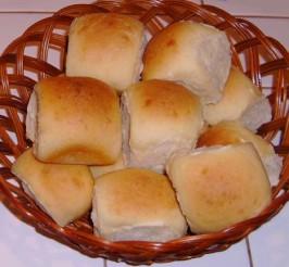 Hawaiian Sweet Rolls (Bread Machine). Photo by NorthwestGal