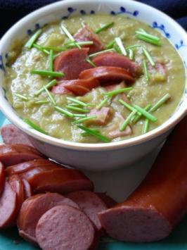 Erwtensoep - Dutch Pea Soup. Photo by kiwidutch