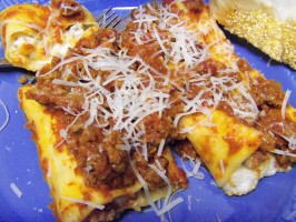 Baked Manicotti With Pepperoni Meat Sauce. Photo by alligirl