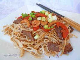 Singapore Noodles. Photo by awalde