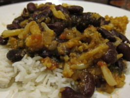 Curried Red Kidney Beans and Cauliflower (Rajma Masala). Photo by Dr. Jenny