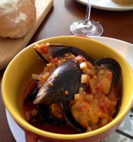Mussels in Garlic, Tomato and White Wine. Photo by CarolineOYum
