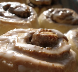 Bread Machine Cinnamon Buns. Photo by chiclet