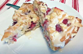 They Won't Know Raspberry Coffee Cake. Photo by betty-freakin-crocker