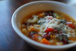 Copycat Olive Garden Minestrone Soup. Photo by run for your life