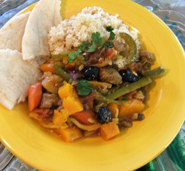 Lamb tagine with cinnamon, saffron and dried fruit. Photo by Kathy228