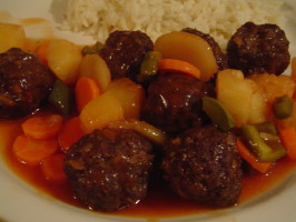 Sweet and Sour Meatballs (Oriental Sweet and Sour  Meatballs). Photo by CountryLady