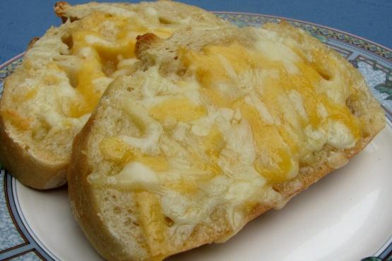 Garlic bread recipe using regular