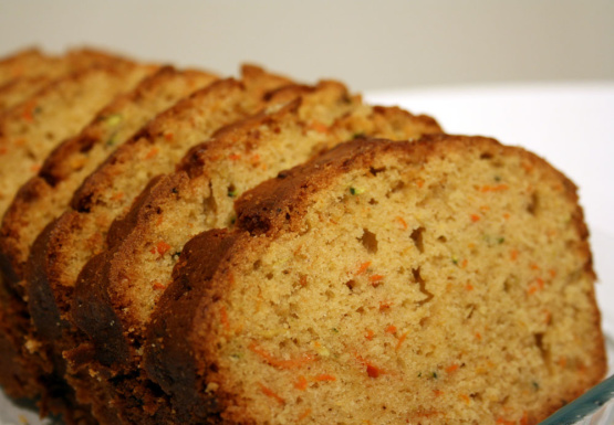 Juiced carrots and recipe bread